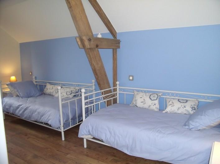 """Location de vacances - Gîte à Nieppe - Chambre """"bleuets"""""""