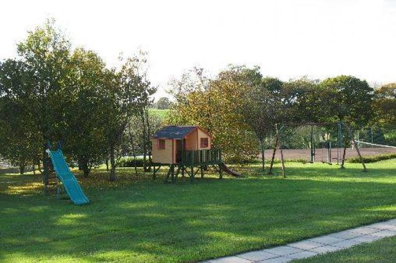 Location de vacances - Gîte à Clohars-Carnoët - Parc:       Coin jeux enfants