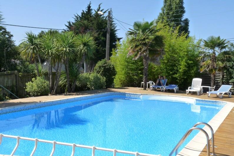 Location de vacances - Chambre d'hôtes à La Turballe - Piscine