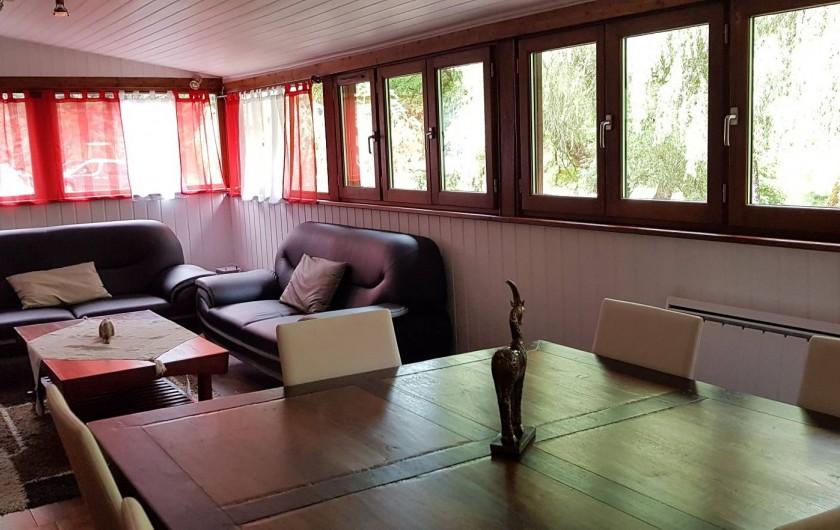 Location de vacances - Gîte à Mayran - Vue sur le salon