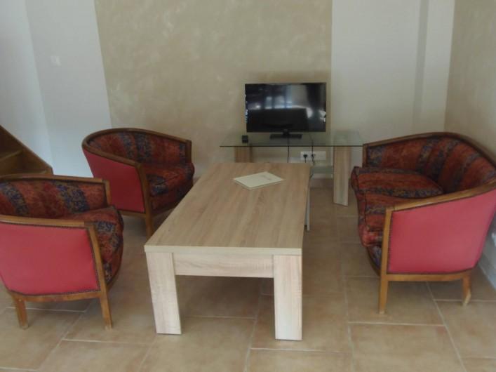 """Location de vacances - Appartement à Le Sambuc - GITE  N° 9     4 personnes """"LE CYPRES"""""""