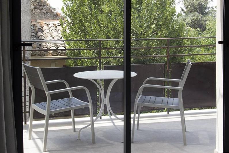Location de vacances - Gîte à Robion - Coté balcon chambre
