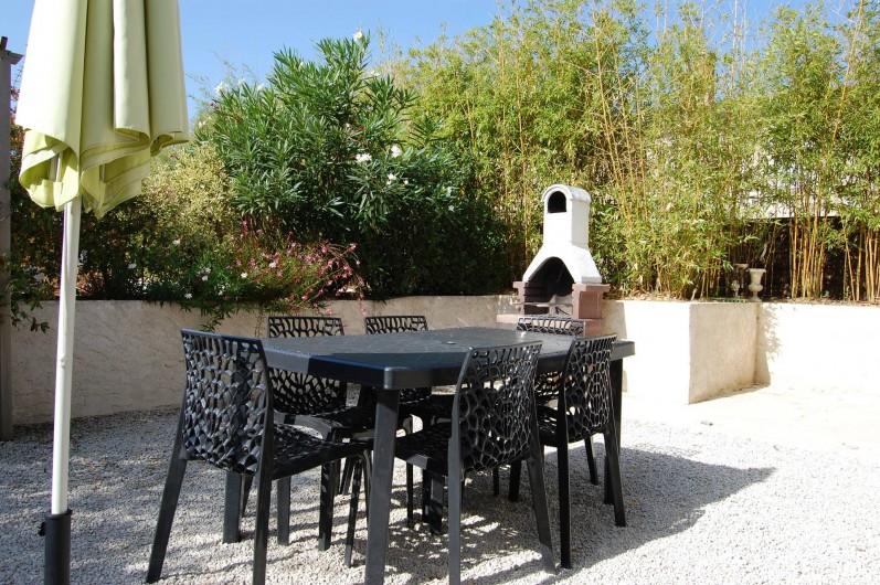 Location de vacances - Gîte à Gémozac - Terrasse BELLE DE NUIT