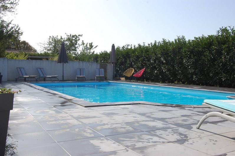 Location de vacances - Gîte à Gémozac - Piscine