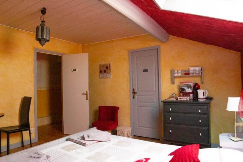 """Location de vacances - Chambre d'hôtes à Senouillac - Chambre """"Les épices"""""""
