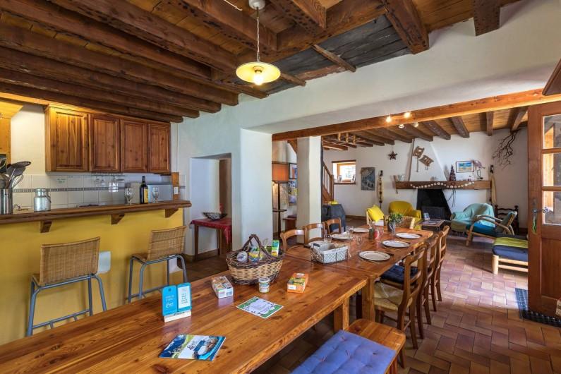 Location de vacances - Gîte à Ornon - La pièce a vivre
