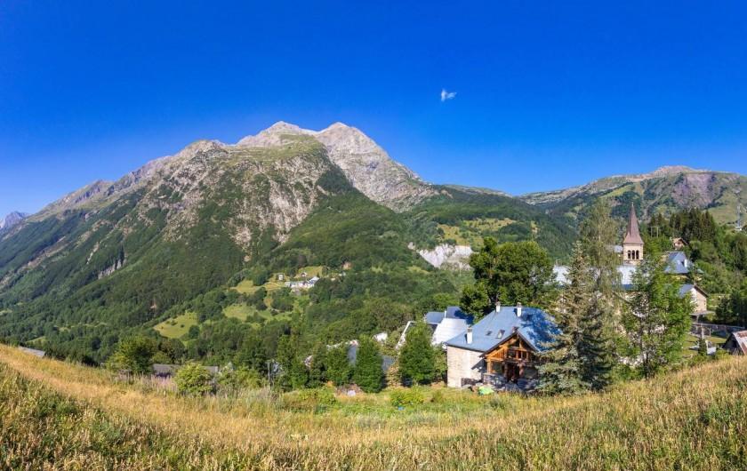 Location de vacances - Gîte à Ornon - Vue panoramique sur le gîte et son environnement