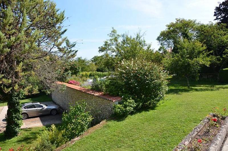 Location de vacances - Chambre d'hôtes à Douchapt - Jardin et parking