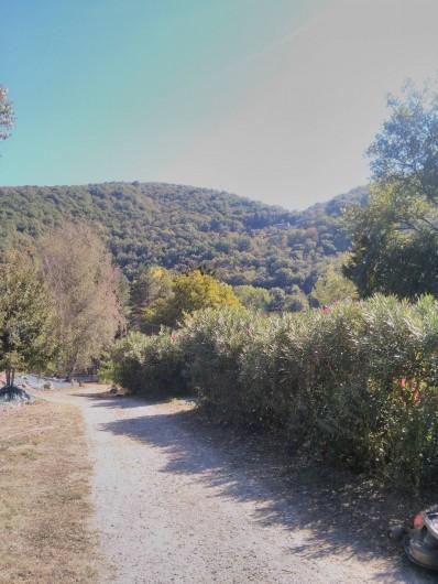 Location de vacances - Camping à Lincou - Végétation