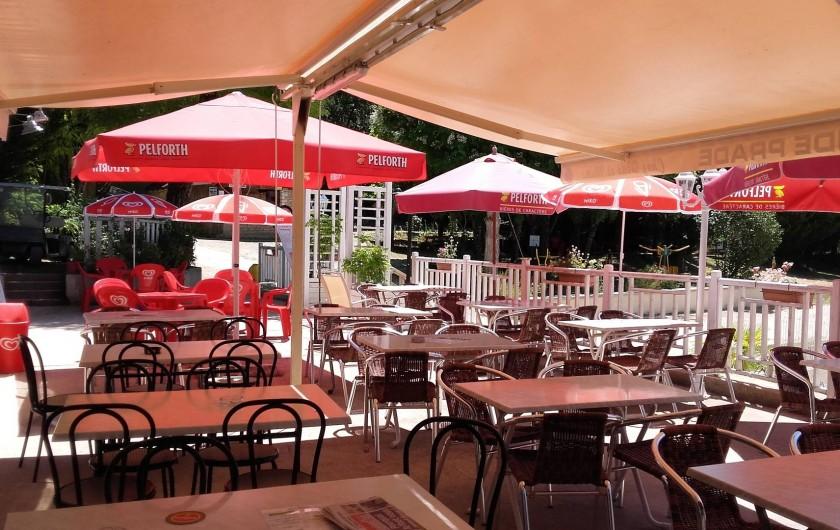 Location de vacances - Bungalow - Mobilhome à La Cassagne - espace bar-accueil