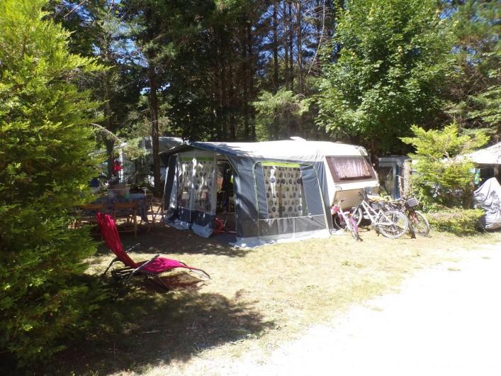 Location de vacances - Bungalow - Mobilhome à La Cassagne - emplacement caravaning
