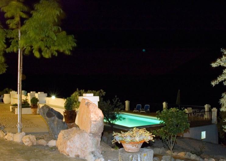 Location de vacances - Villa à Carcabuey - NOCTURNO