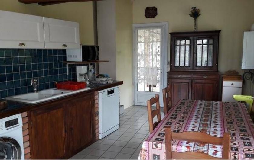 Location de vacances - Maison - Villa à Saint-Germain-sous-Doue - Cuisine toute équipée