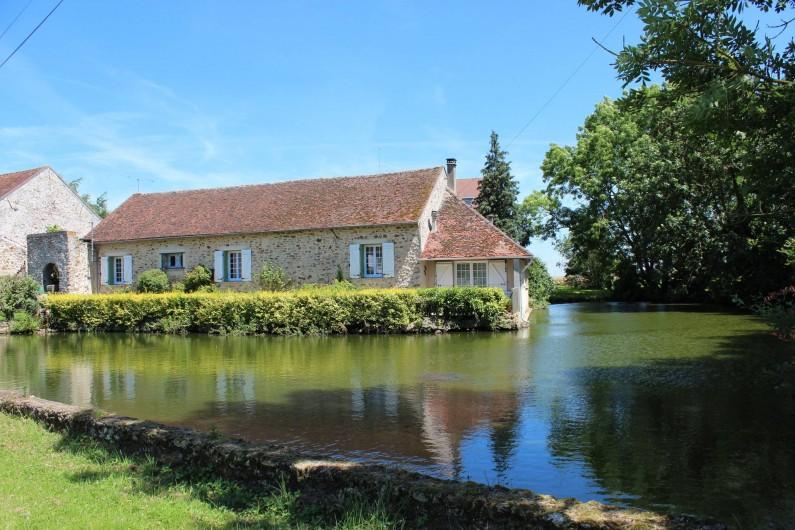 Location de vacances - Maison - Villa à Saint-Germain-sous-Doue - Maison Briarde  131 m² + cuisine d'été 22 m² au bord de l'eau ...