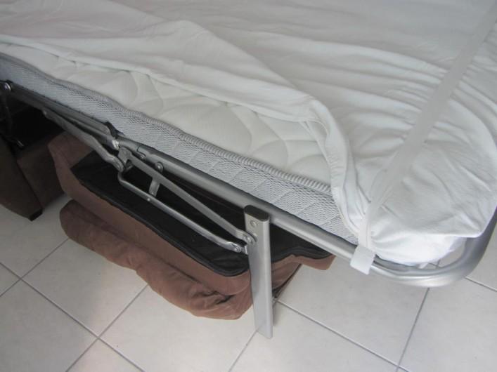 Location de vacances - Appartement à Faverges - matelas du canapé lit