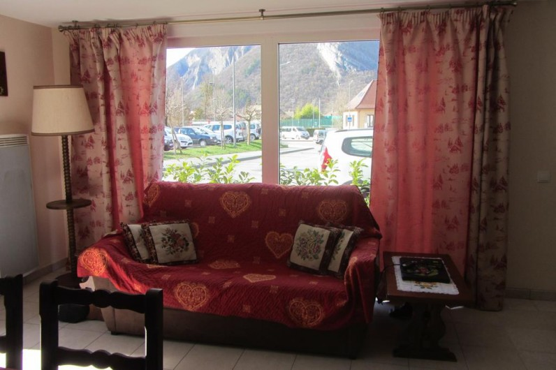 Location de vacances - Appartement à Faverges - canapé lit