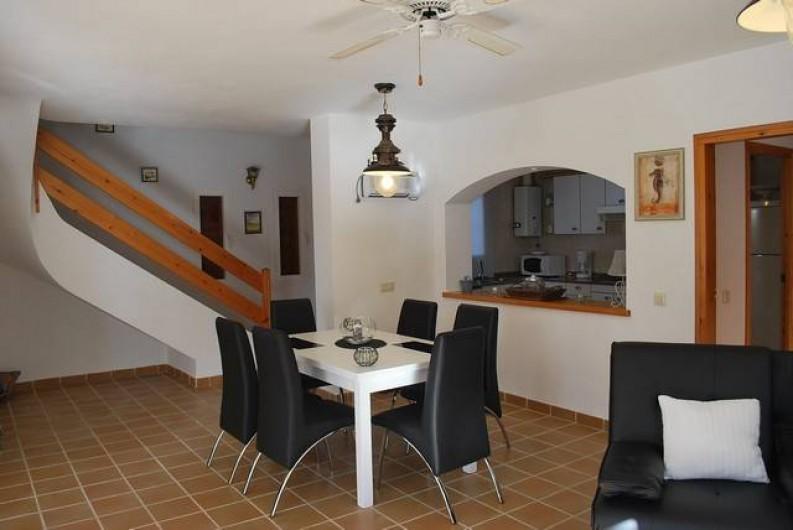 Location de vacances - Villa à L'Ametlla de Mar - Salon-salle à manger