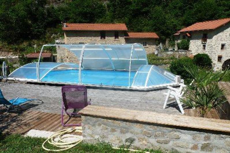 ancien moulin eau au bord de la credogne r amm nag avec piscine jacuzzi sauna et hamamm. Black Bedroom Furniture Sets. Home Design Ideas