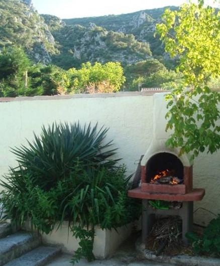 Location de vacances - Villa à Maubec - barbecue