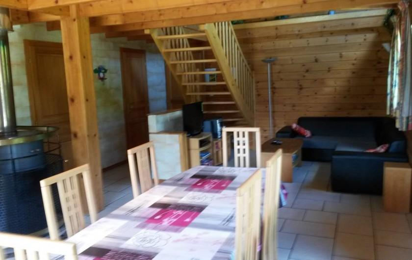 Location de vacances - Chalet à Le Menil - Séjour et salon