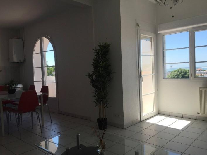 Location de vacances - Appartement à Royan - Vue canapé