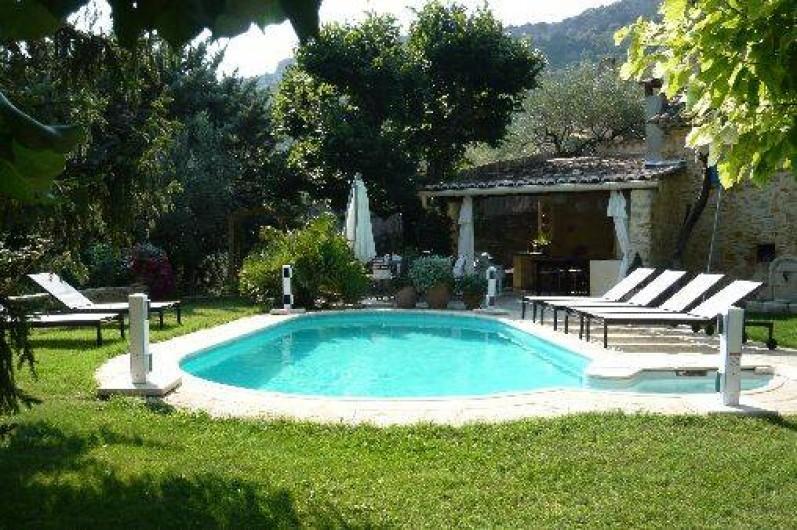 Location de villa avec piscine priv e nyons en dr me for Location vacances rhone alpes avec piscine