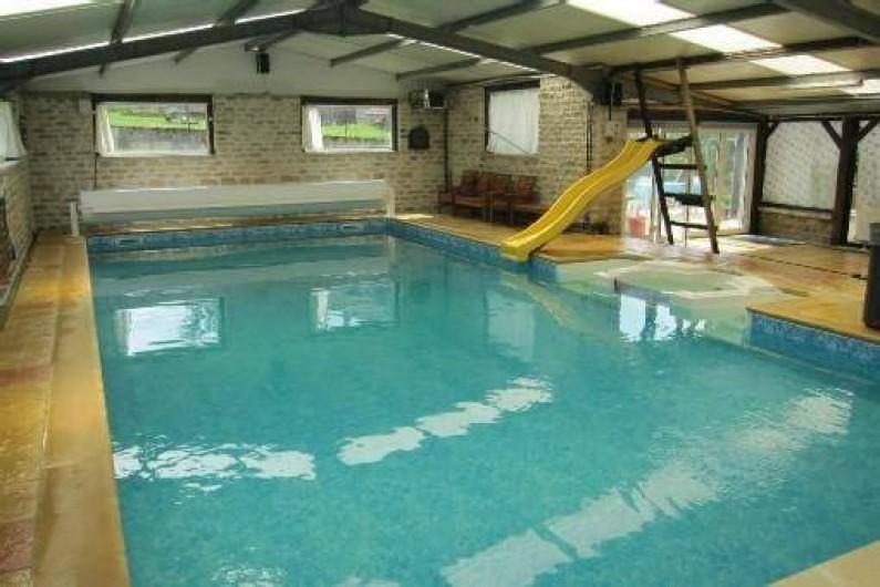 G te louer avec piscine foss en champagne ardenne for Camping belgique avec piscine