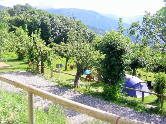 Location de vacances - Chalet à Saint-André-d'Embrun - Emplacement de tente