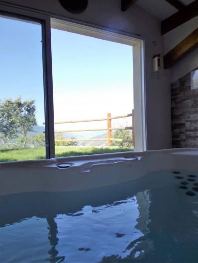 Location de vacances - Chalet à Saint-André-d'Embrun - Espace détente / spa