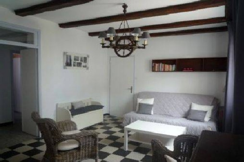 Location de vacances - Maison - Villa à Saint-Gilles-Croix-de-Vie - salon , coté mer