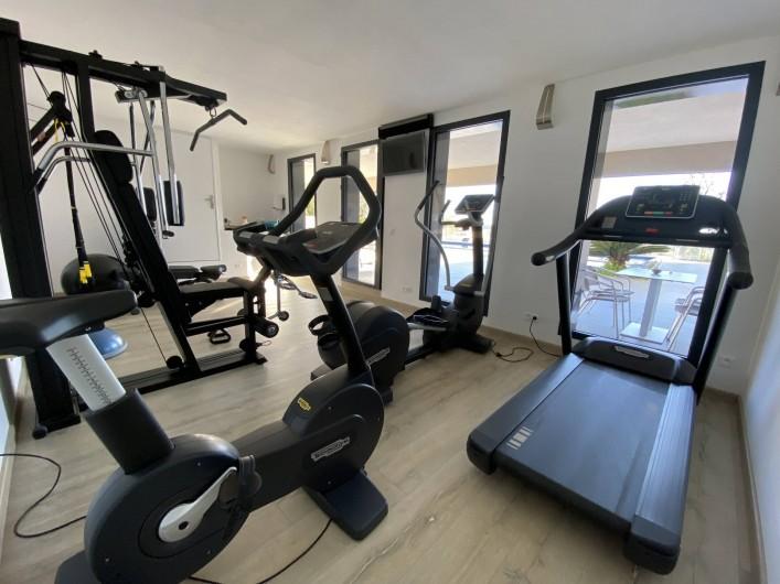 Location de vacances - Maison - Villa à Porto-Vecchio - Salle de sport Technogym