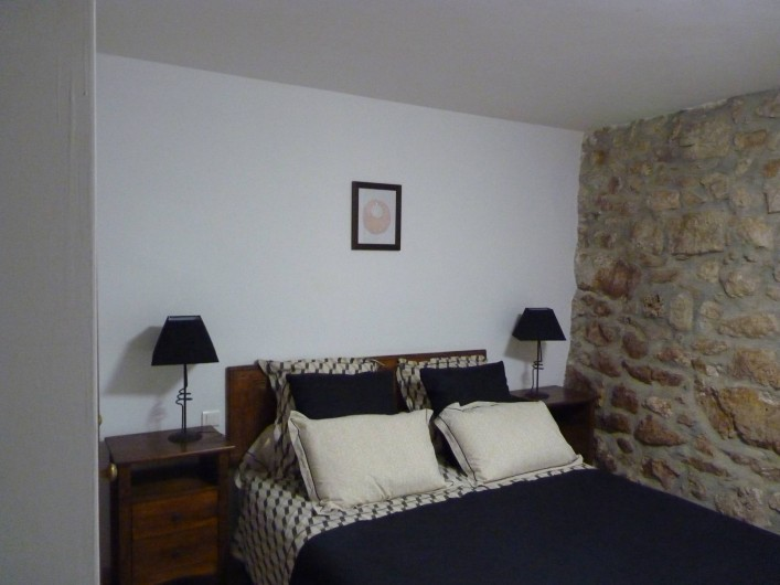 Location de vacances - Mas à Châteauneuf-du-Rhône - Cambre 1 Jas du Bas