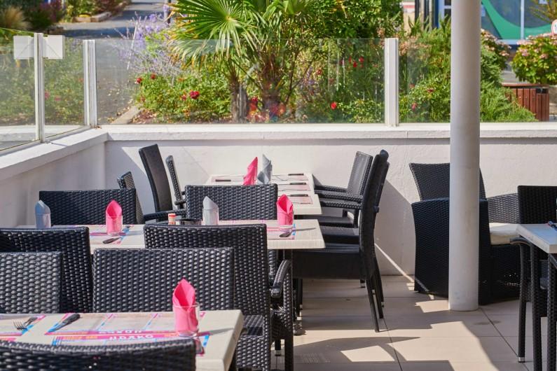 Location de vacances - Camping à Biarritz - La terrasse du restaurant - Biarritz Camping