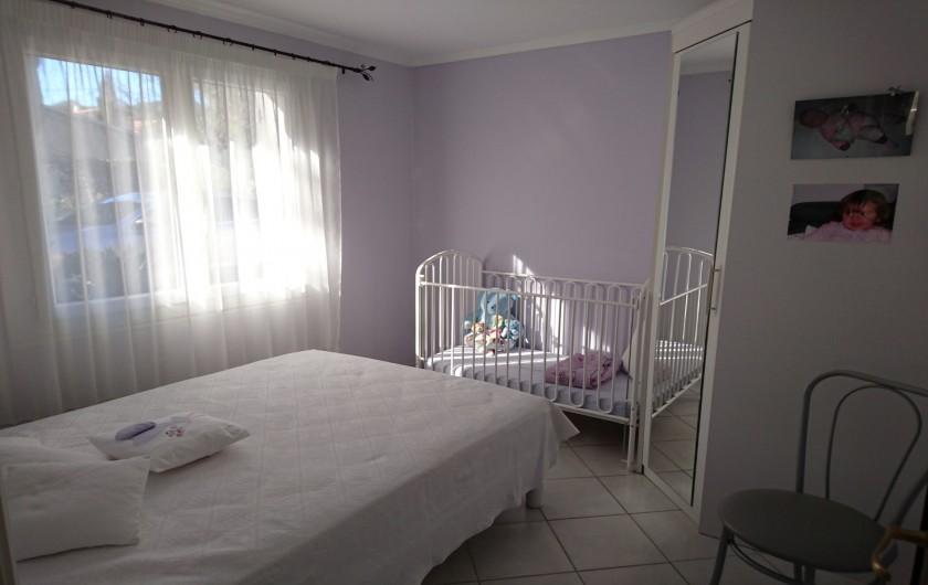 Location de vacances - Villa à La Cadière-d'Azur - CHAMBRE 2 (lit 140) 1 lit bébé
