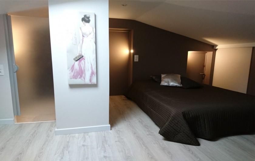 Location de vacances - Villa à La Cadière-d'Azur - CHAMBRE ETAGE avec salle d'eau (WC-douche-Lavabo)