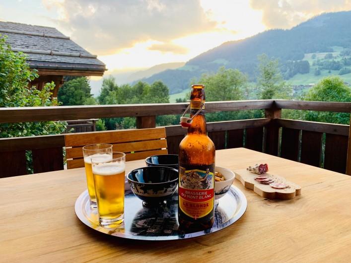 Location de vacances - Chalet à Megève - apéro coucher de soleil sur Mont Charvin : un délice