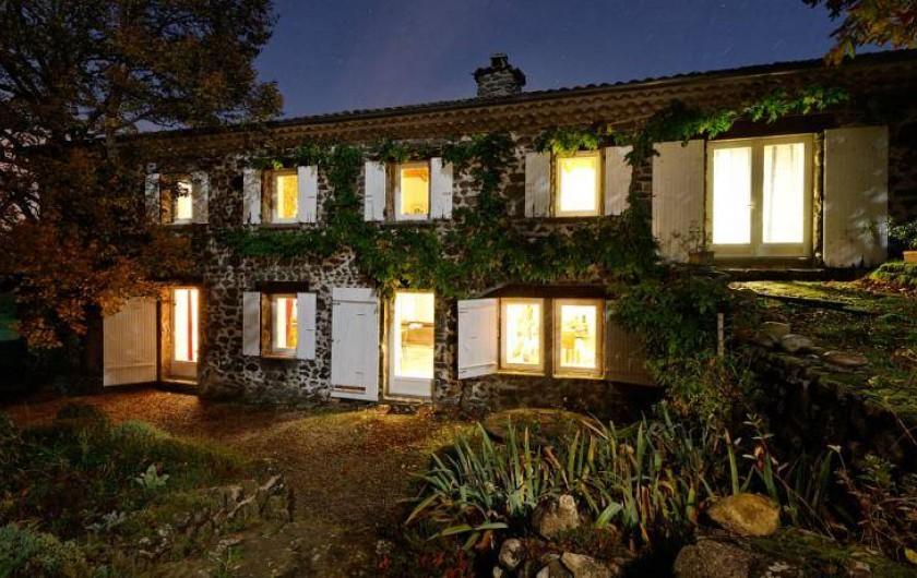 Location de vacances - Chambre d'hôtes à Rochessauve - La Mirande