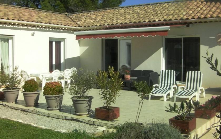 Location de vacances - Villa à Saint-Michel-l'Observatoire - Terrasse