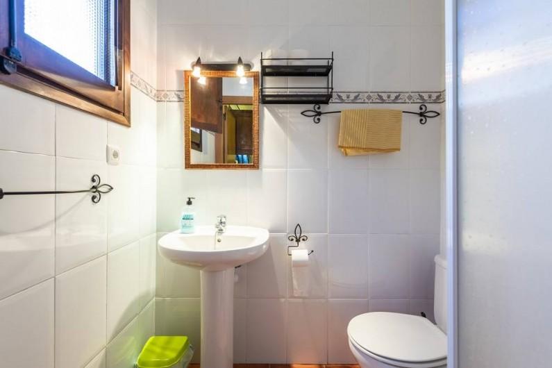 Location de vacances - Chalet à Les Cases d'Alcanar - Chambre 4 salle de bain