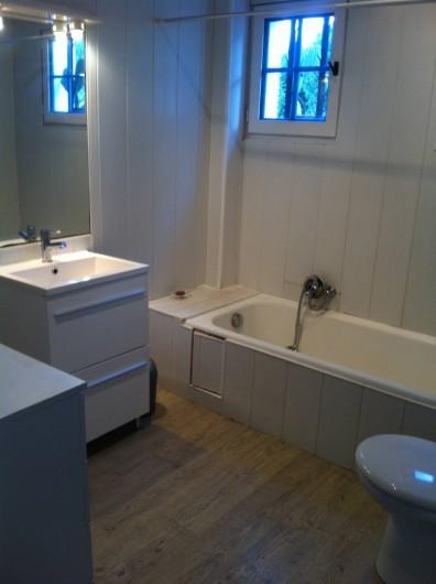 Location de vacances - Villa à Porticcio - Salle de bain