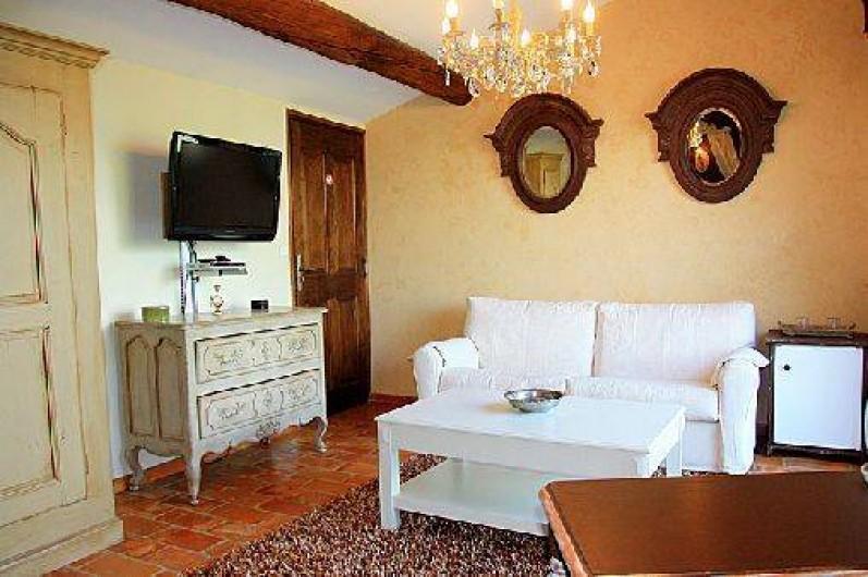Location De Vacances   Chambre Du0027hôtes à Pernes Les Fontaines