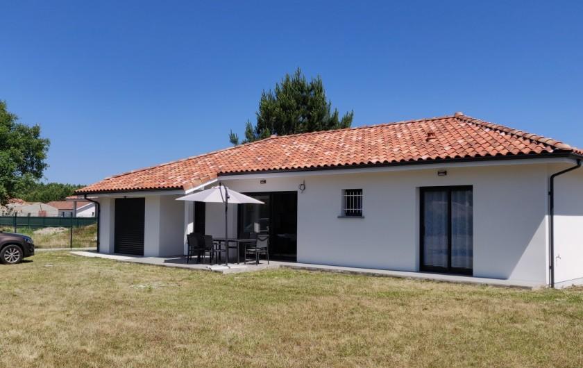Location de vacances - Villa à Onesse-Laharie - Vue du jardin côté sud