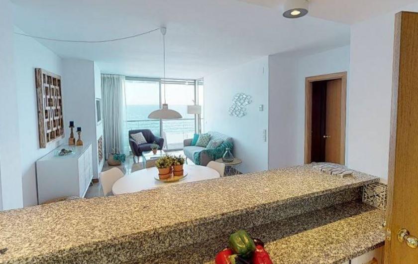 Location de vacances - Appartement à Sant Antoni de Calonge - vue imprenable du mer des la cuisine