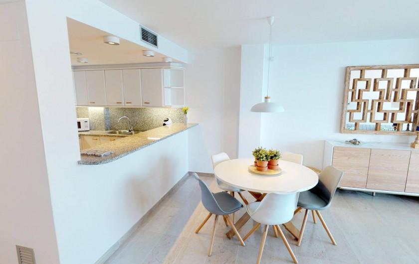 Location de vacances - Appartement à Sant Antoni de Calonge - salle à manger