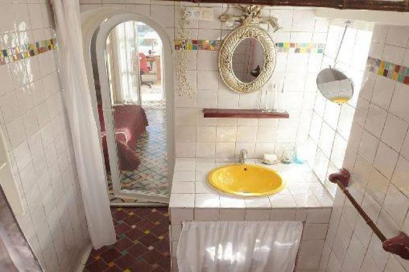 Location de vacances - Appartement à Six-Fours-les-Plages - Salle de bains 2