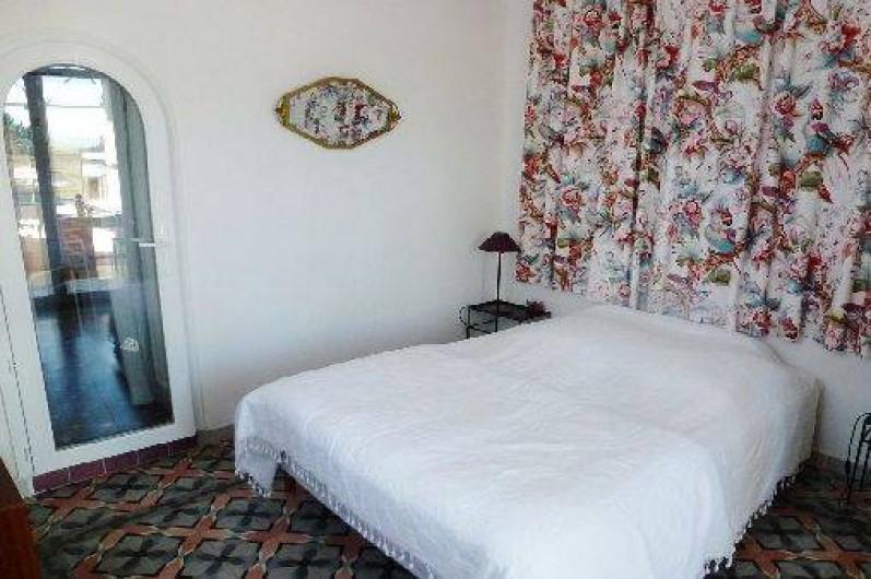 Location de vacances - Appartement à Six-Fours-les-Plages - Chambre lit 2 places