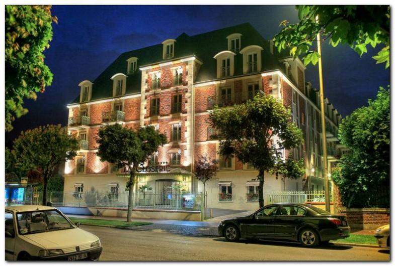 Location de vacances - Hôtel - Auberge à Deauville - Bâtiment La Closerie
