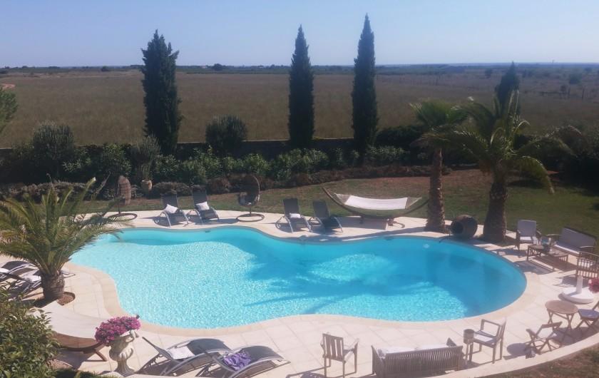 Location de vacances - Villa à Vauvert - Vue depuis la chambre arrière