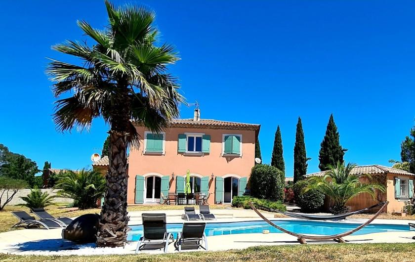 Location de vacances - Villa à Vauvert - Villa type Bastide et sa superbe piscine chauffée