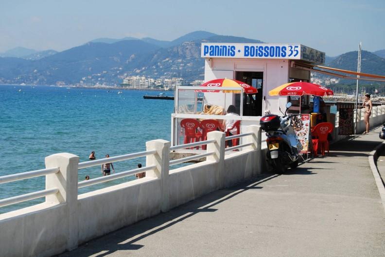 Location de vacances - Studio à Cannes la Bocca - cabane a sandwich